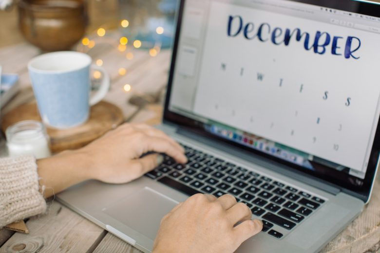 How to stand out on social media during the holidays